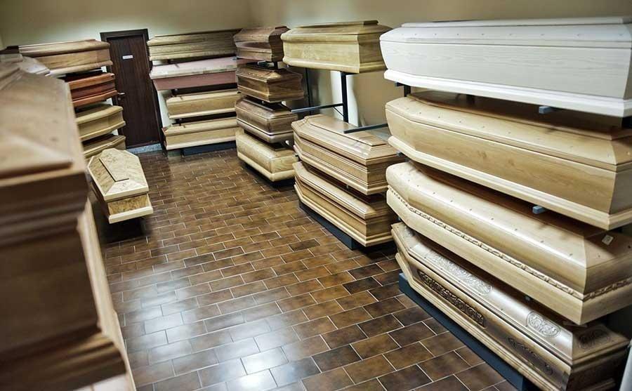 bare in legno chiaro