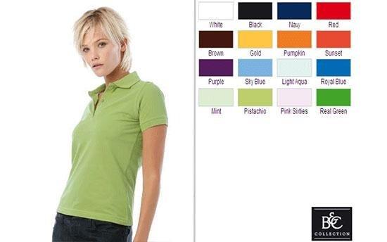 ragazza con maglia verde e diversi colori