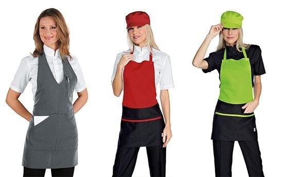 tre donne in abbigliamento alberghiero