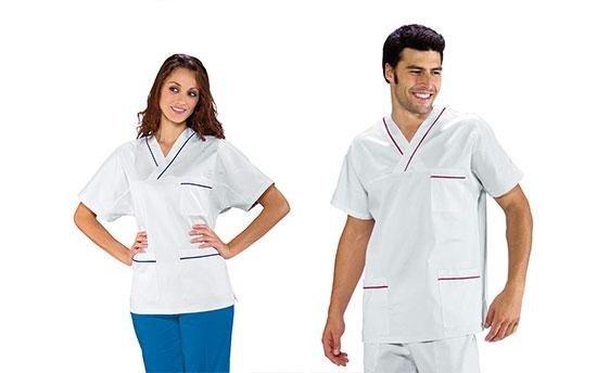 personale sanitario in posa