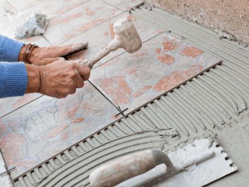 Siete alla ricerca di una ditta che si occupi della vendita e posa di mattonelle per pavimenti? Contattate La Grotta.