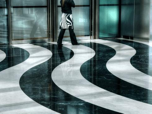 Avete sempre desiderato una pavimentazione in marmo? Affidatene la realizzazione alla ditta La Grotta.