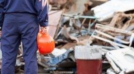 demolizioni di veicoli industriali, recupero rottami