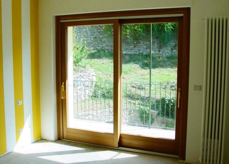 finestra con alzante scorrevole
