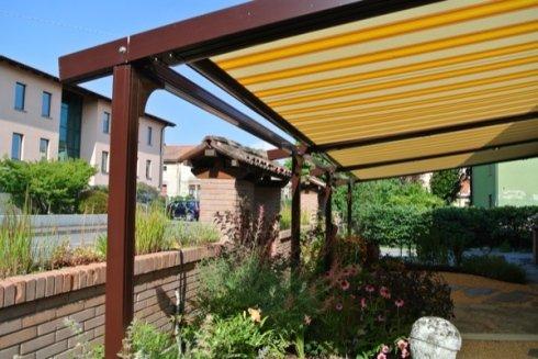 tende per balconi, tende per strutture da giardino, tende per terrazzzi