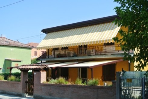 tessuti per tende da sole, tendaggi da esterno, tendaggi rigati da balcone