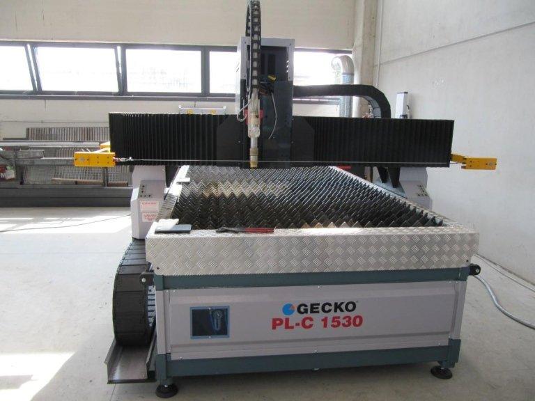 macchinario per taglio plasma a marchio GECKO PL-C 1530