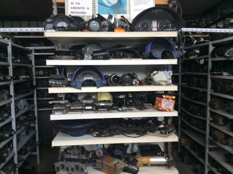 accessori auto demolite