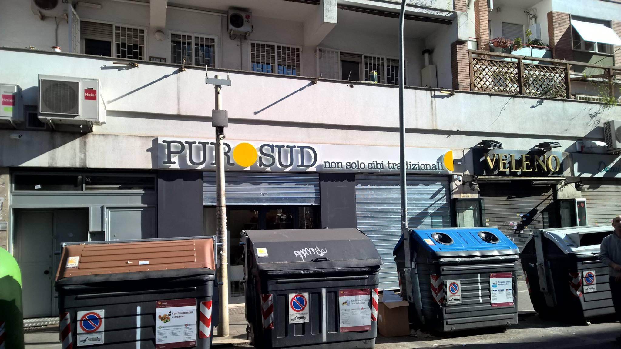 insegna PURO SUD non solo cibi tradizionali
