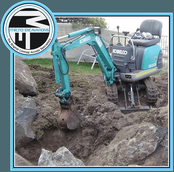 550 mm blue green excavator