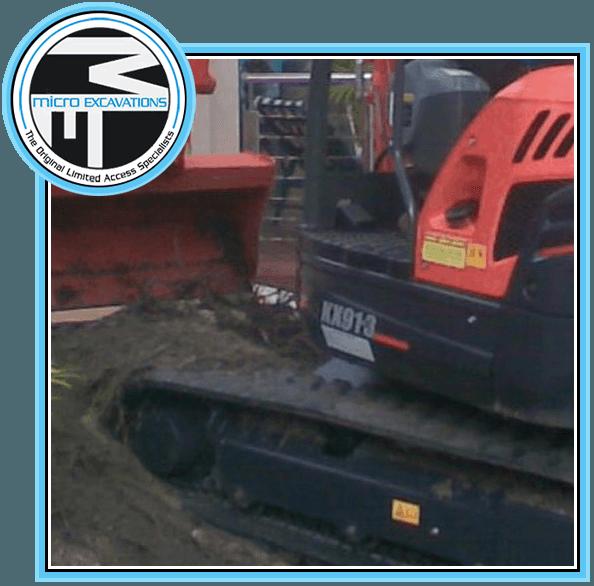 orange XX913 excavator