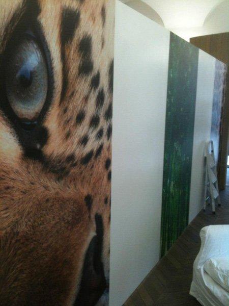 muro con raffigurata una tigre