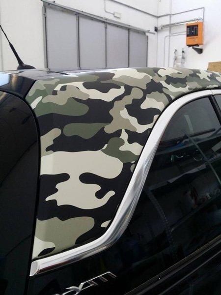 tettuccio auto in stile militare