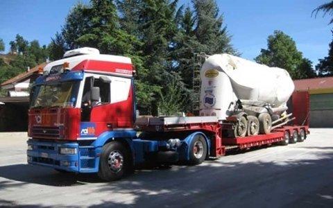 soccorso stradale di camion