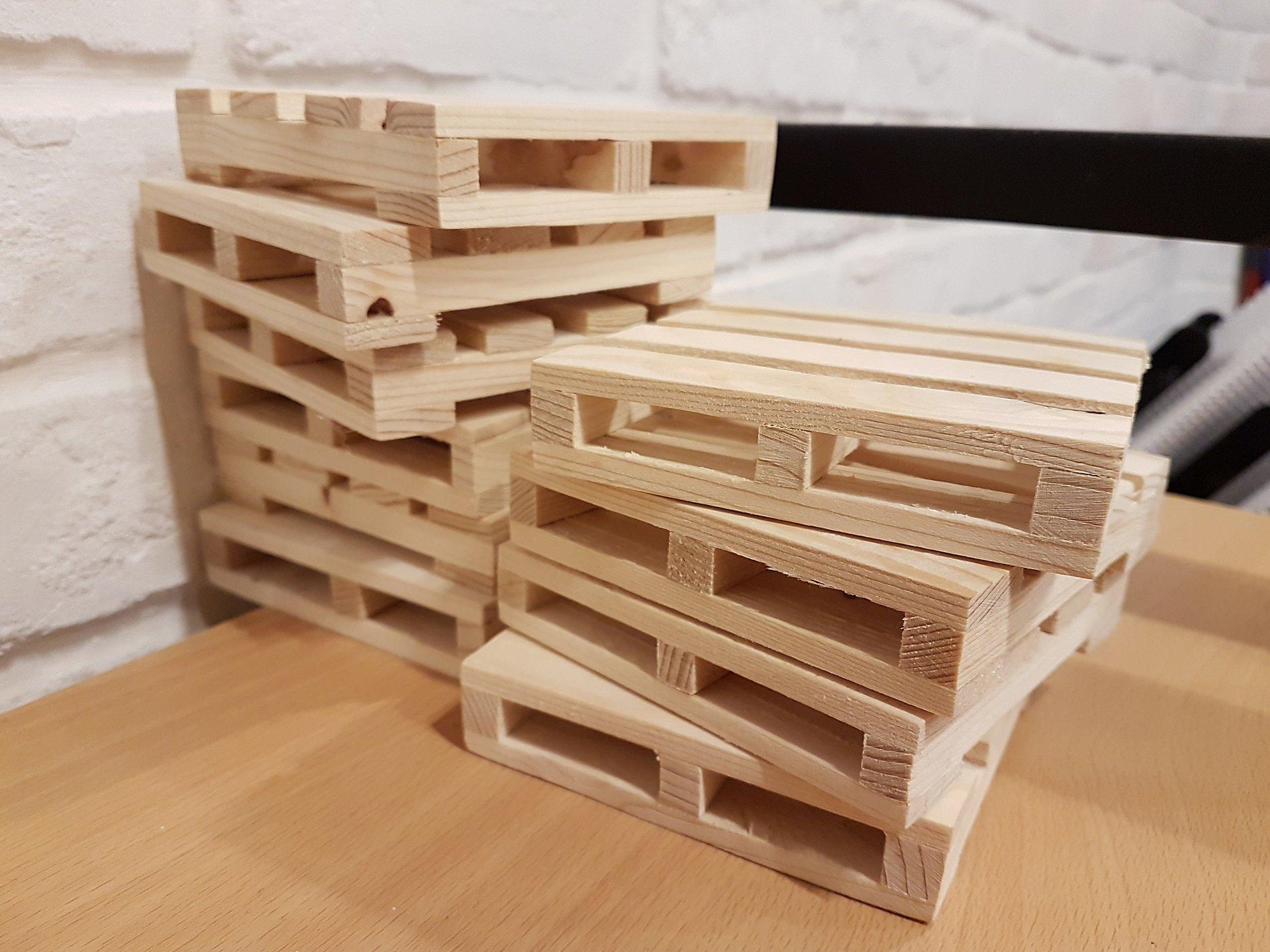 dei bancali in legno