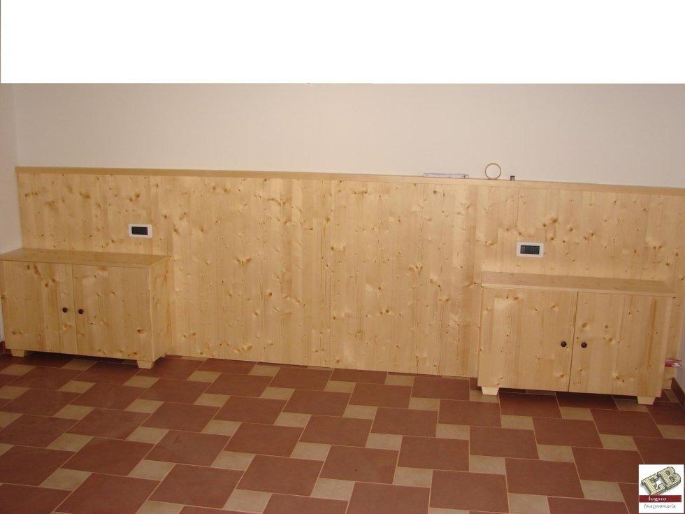 testata-parete con comodini per stanza da letto