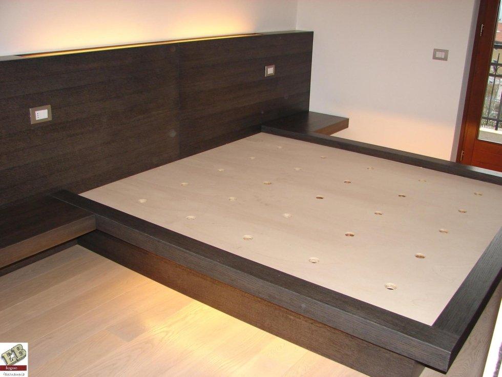 letto in legno su misura