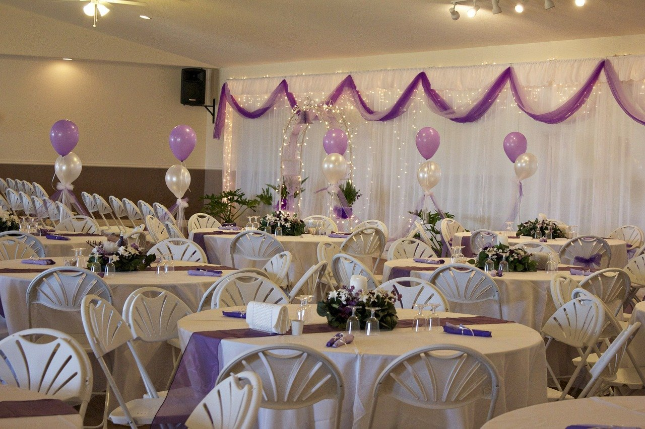 Wedding rentals Sault Ste Marie Chairs, chair covers, tables and decorations