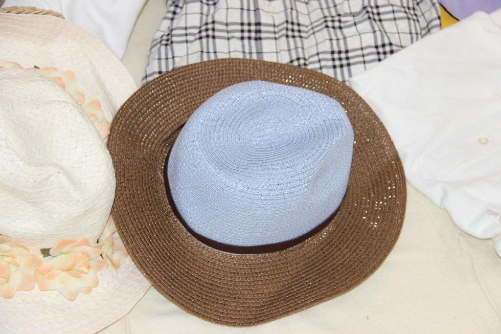 Détail chapeau