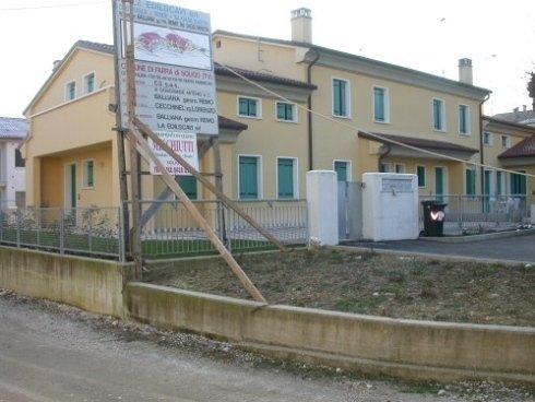 I lavori per la costruzione di Immobiliare C3 a Farra di Soligo.