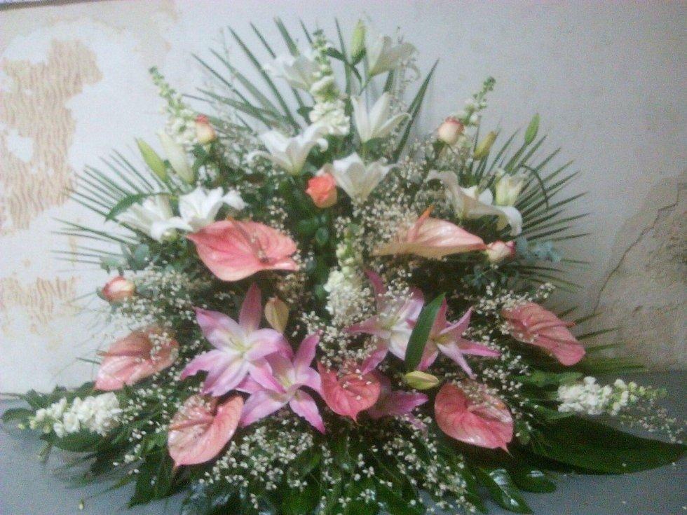 fiori rosa bianchi