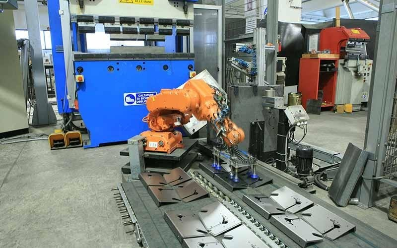 robotic bending machine