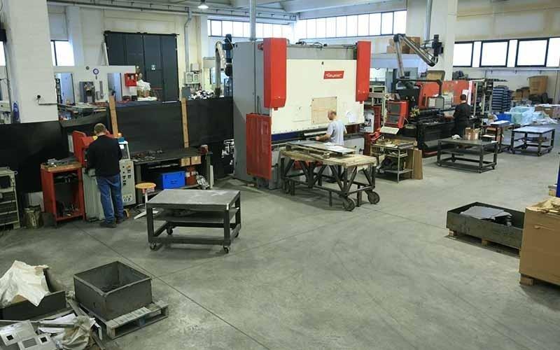 steel processing workshop