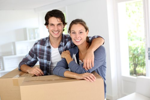 Couple making use of professional loan services in Wethersfield, CT