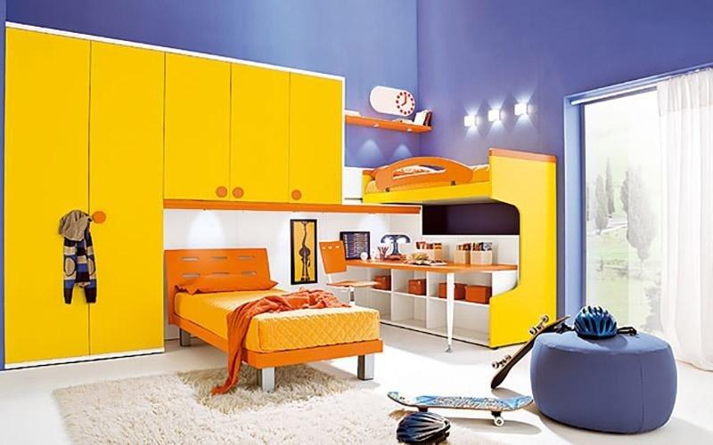 Cameretta gialla e arancione