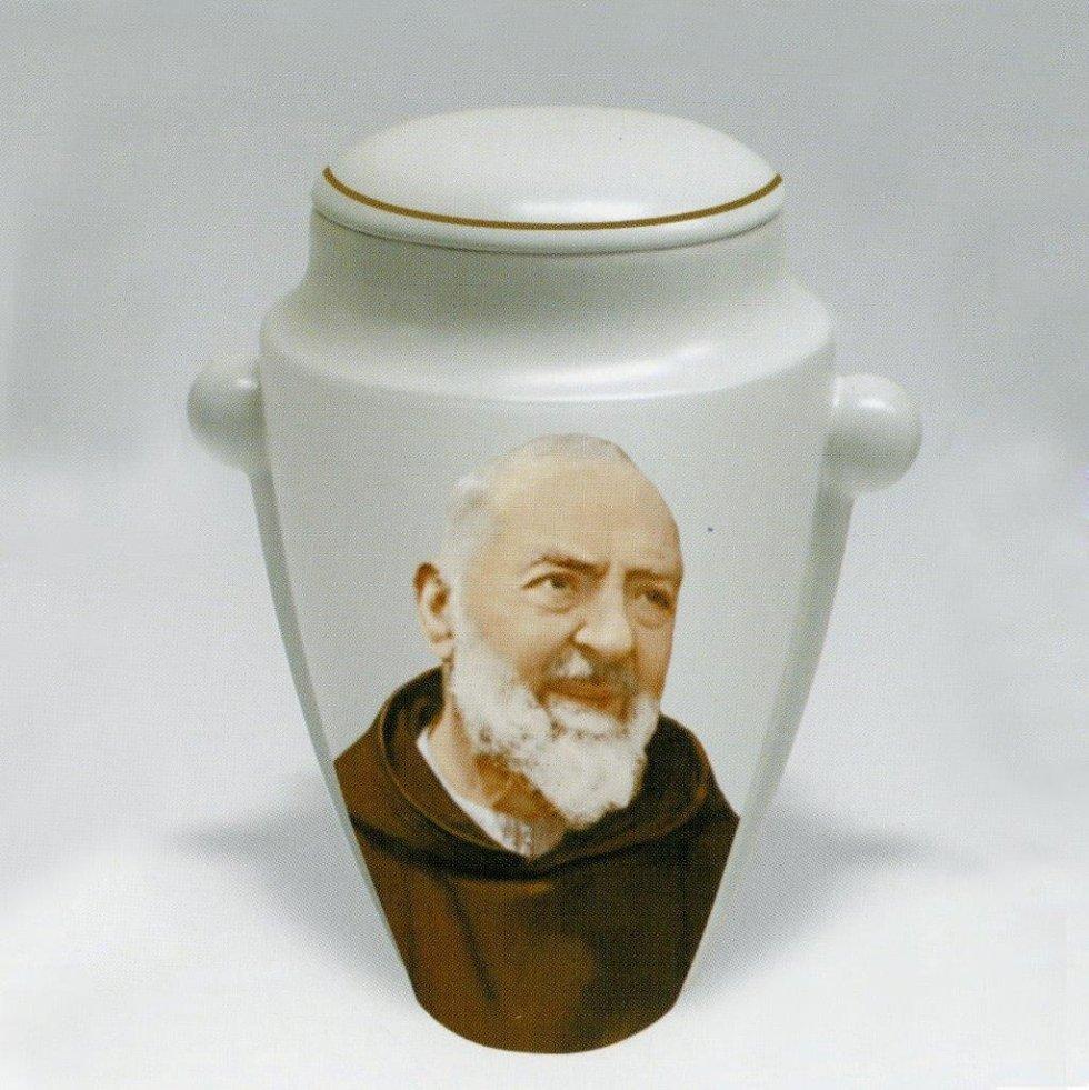 Urna con effige Padre Pio