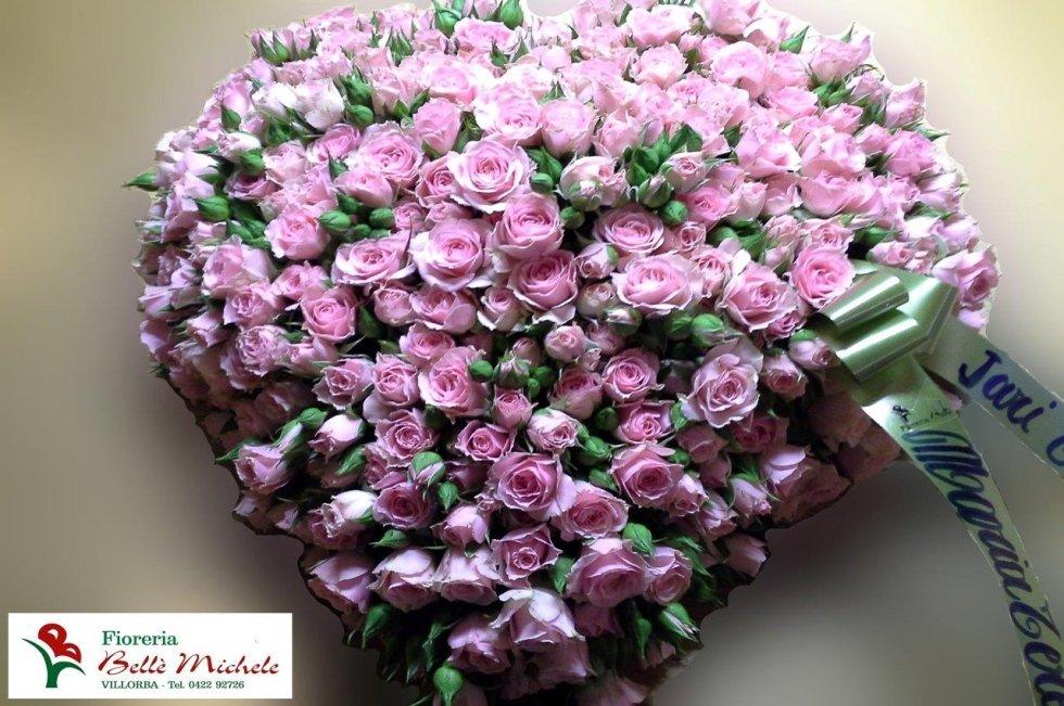 Composizione floreale rose