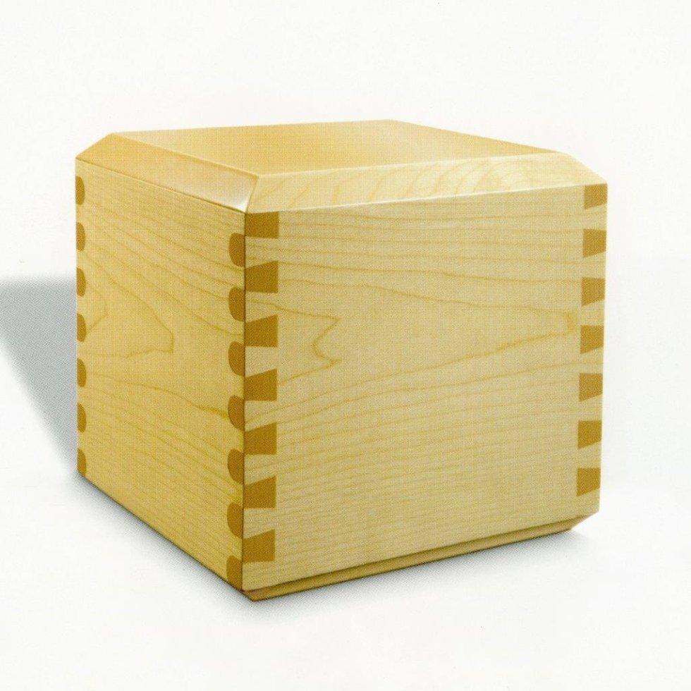 Urna cineraria in legno chiaro
