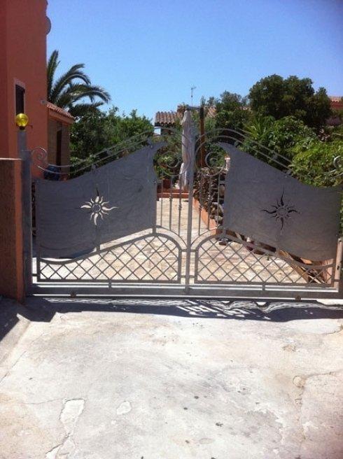 cancello in metallo