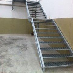 scale griglia ferro