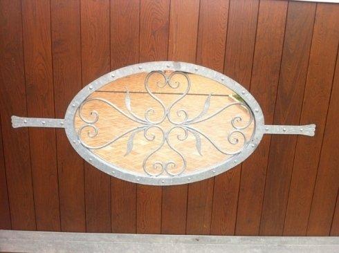 dettaglio cancello legno