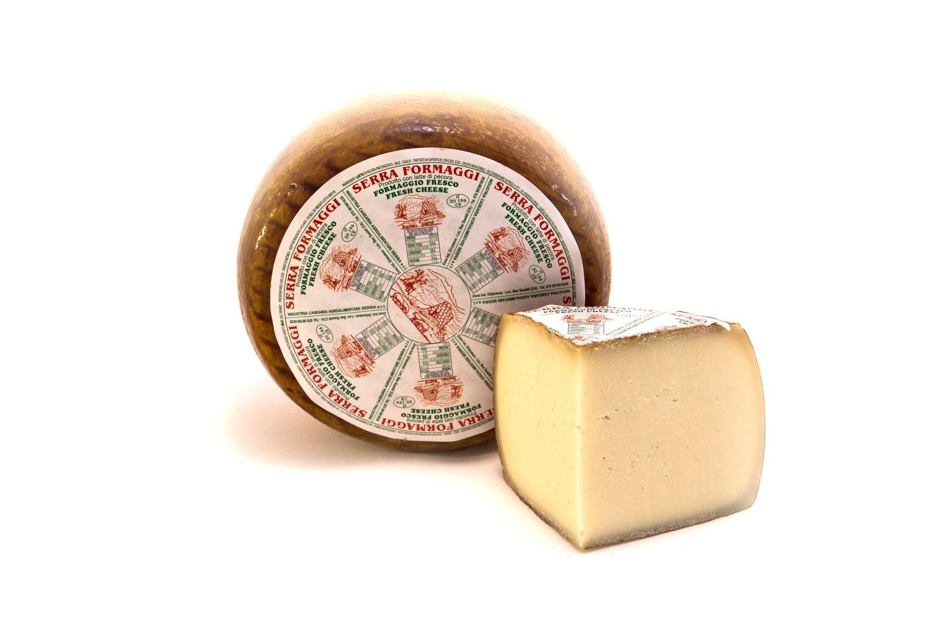 form di formaggio fresco dolce