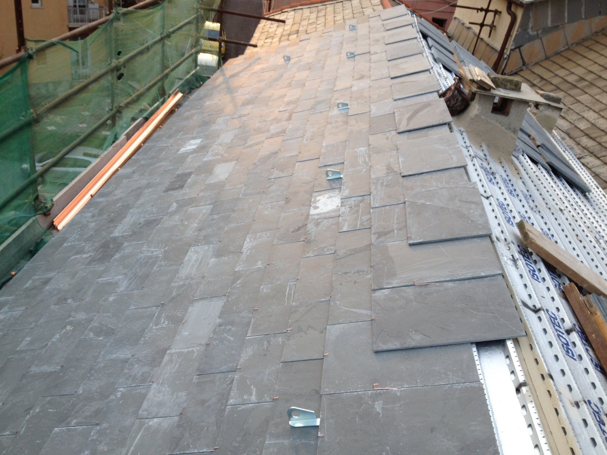 Pannelli isolanti installati su un tetto