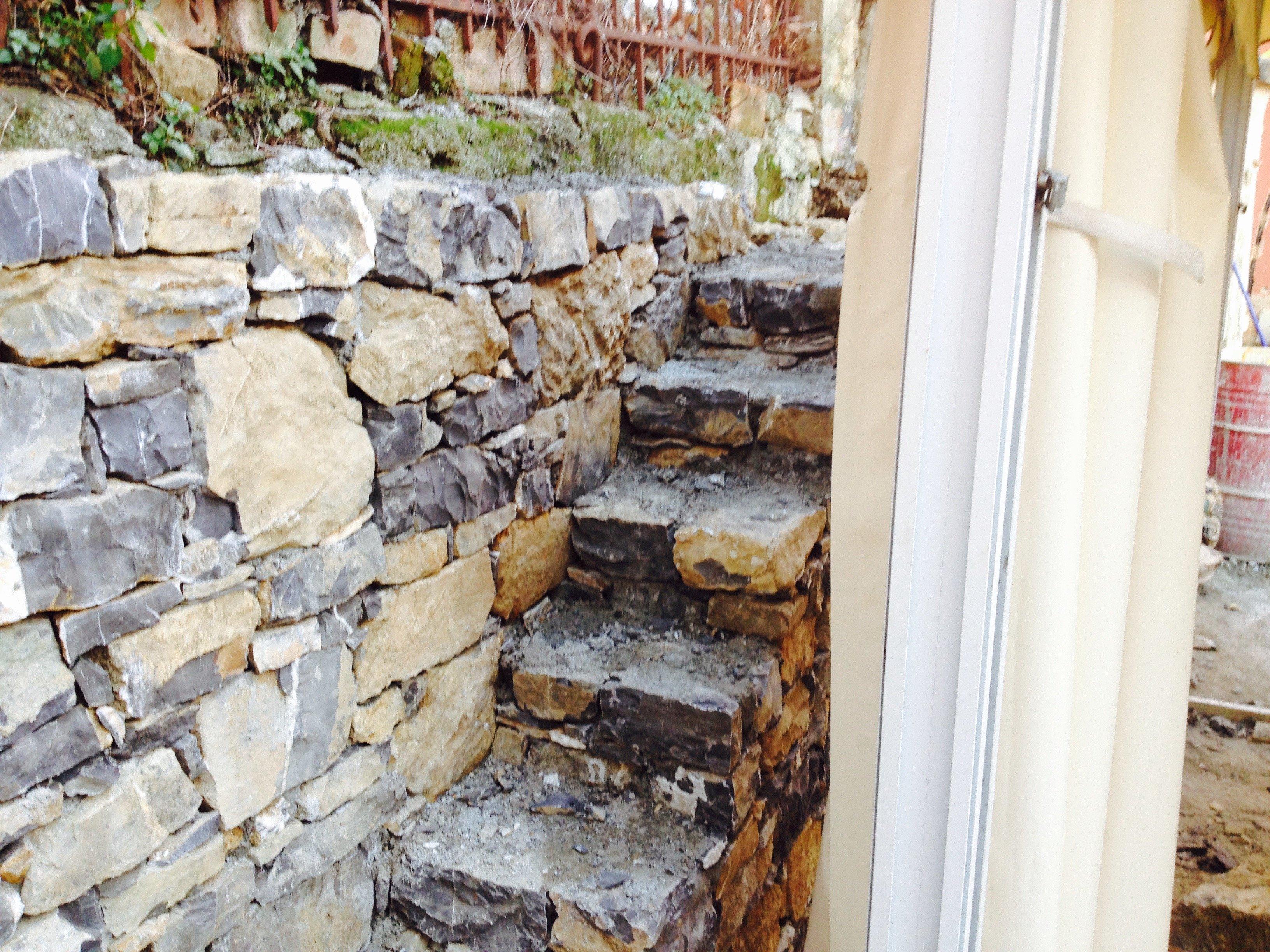 Gradini in pietra - Esterno