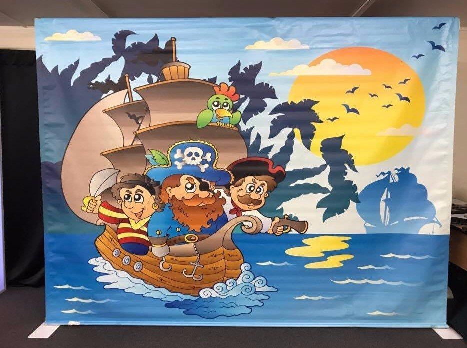 Pirate Backdrop Centre