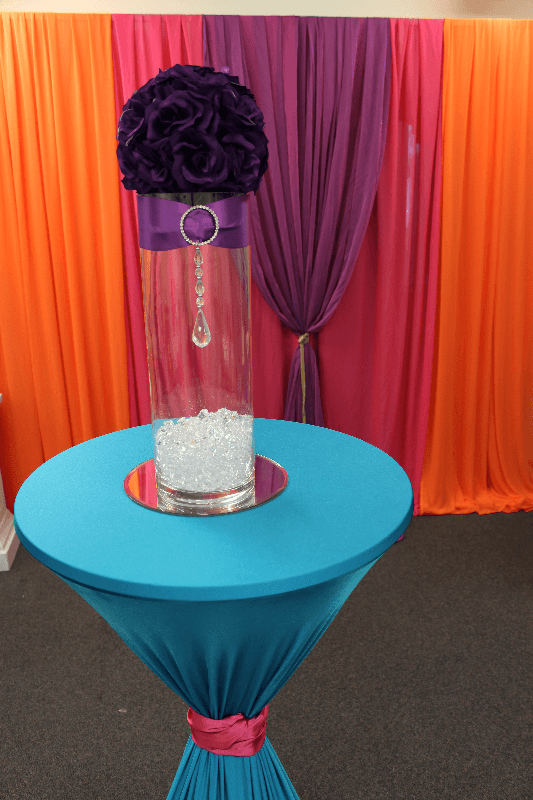 Flower ball and crystal centrepiece