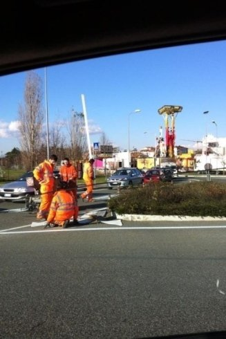 realizzazione segnaletica su manto stradale