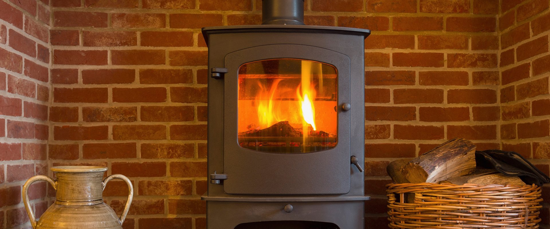 Multi-fuel stove installation