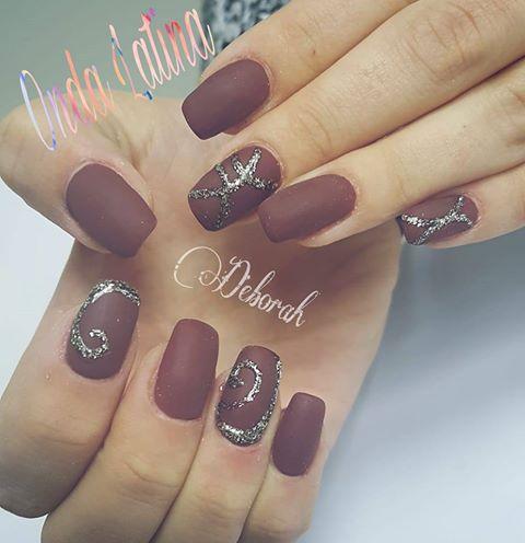 manicure viola