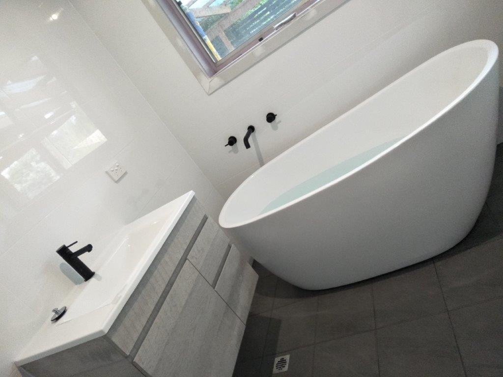 Bathroom Renovations Adelaide & Southern Adelaide | Hot Water Plumbing