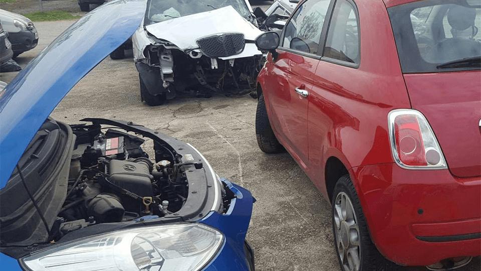 autoveicoli incidentati