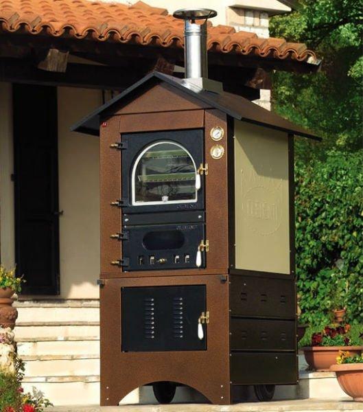 un forno esterno in legno