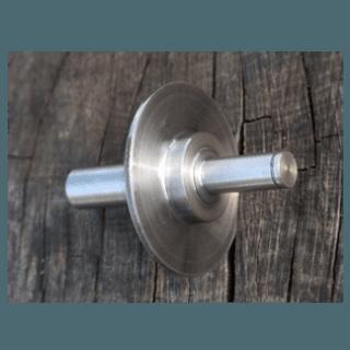 Dettaglio tornitura a doppio mandrino