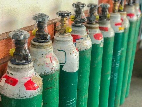 ricarica gas tecnici