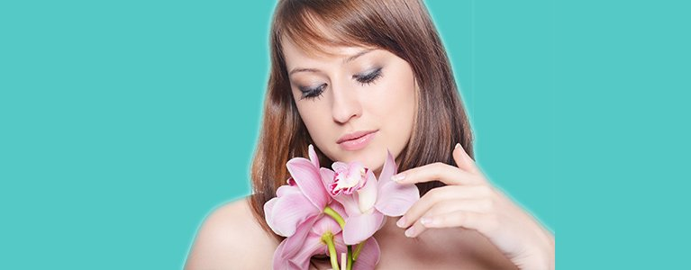 silk beauty clinic beautiful woman with flowers