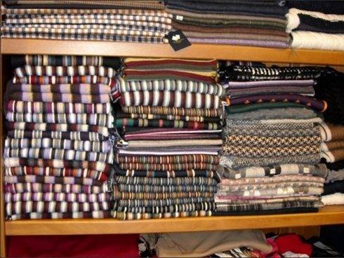 La vendita al dettaglio di tessuti pregiati consente di realizzare abiti completamente personalizzati.